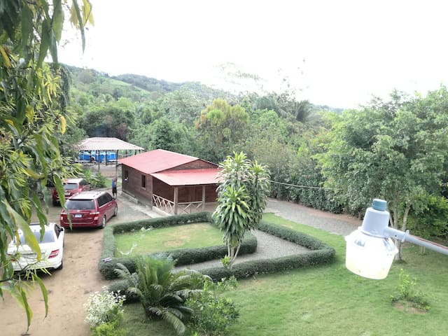 Cabaña en madera, gacebo, picina, a 10 min del rio - Pedro Brand - House