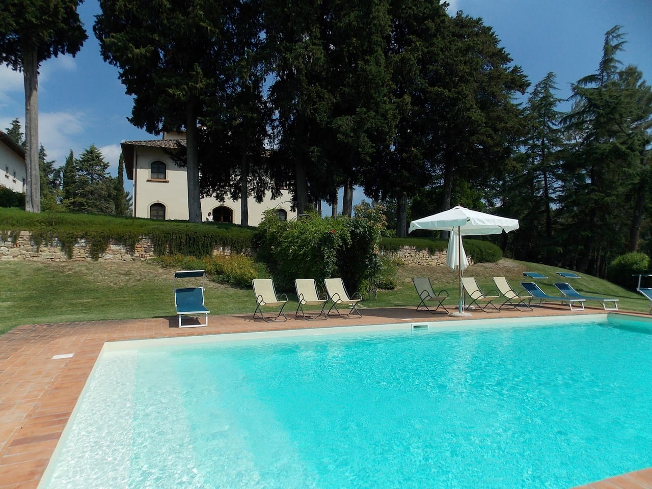 Villa Vernaccia exterior with private swimming pool