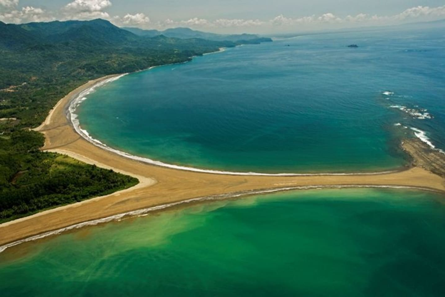 PurUvita is nearby the world famous Whale's Tail Beach of Marino Ballena National Park, a beach that has been described as the most beautiful in all of Costa Rica.