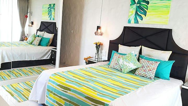 Luxurious 5 Star room nr Airport & GrandHyattHotel