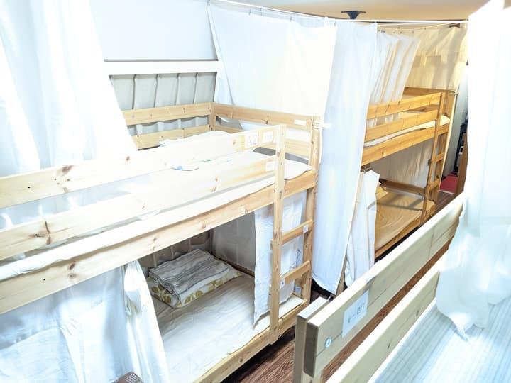 【浅草&上野 | MOMO HOUSE】隅田川・上野公園 ドミトリー1名から! プライバシーカーテン
