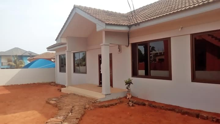 2 bedroom house. Near the beach & City