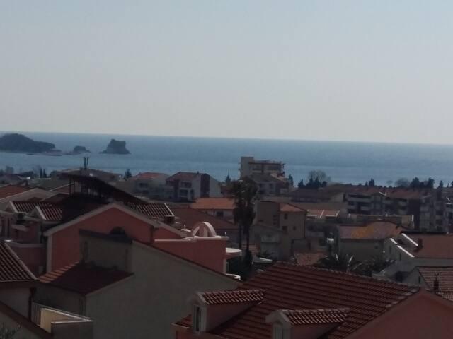Квартира с видом на море - Budva