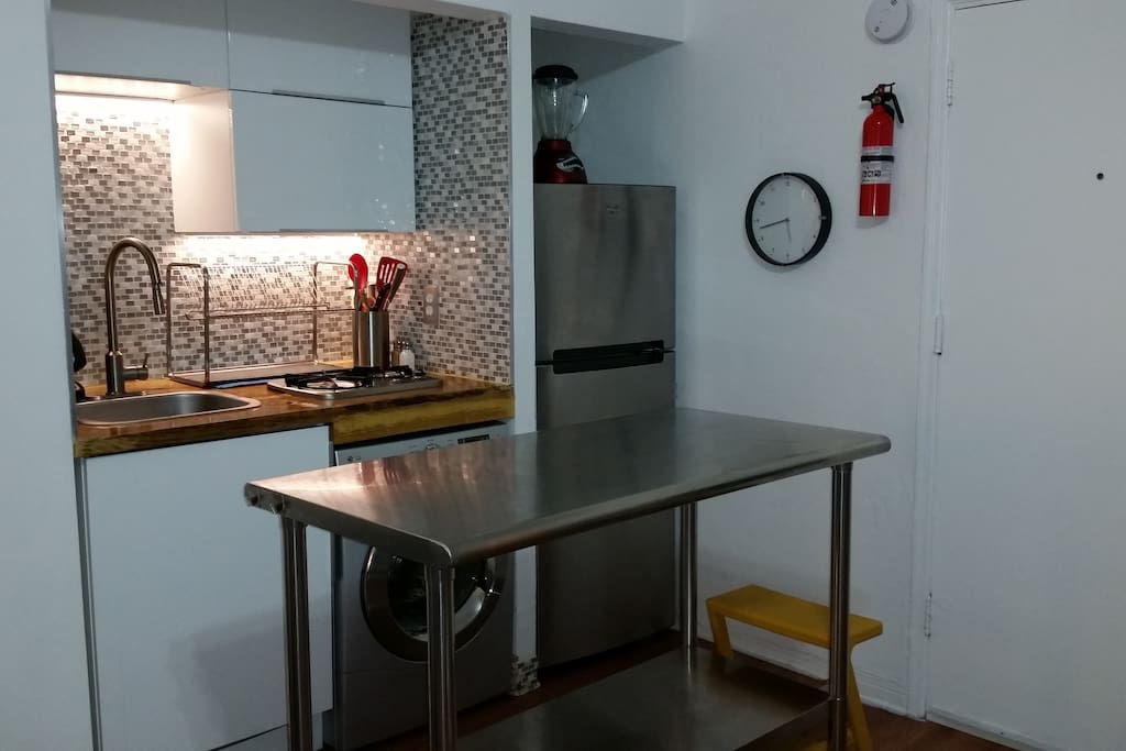 Kitchen with Washer/Dryer combo