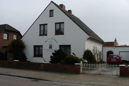 Schöne Ferienwohnung Deichstraße - Borkum - Apartamento