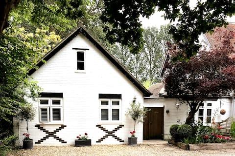 Oakside - Luxury Studio - Tiny House