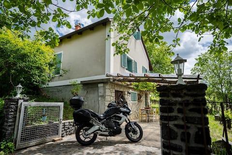 Hillside Gasthaus 2 - A Szent György-hegy lankáin