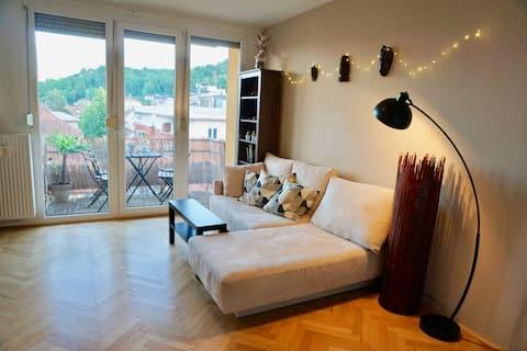 Apartamento luminoso e espaçoso com vista para o castelo