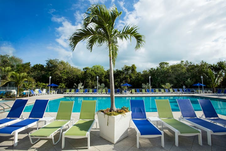 2 Bedroom Suite- Beach and Newly Renovated Pool! - Tavernier - Daire