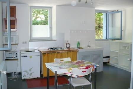 T2 confortable et bien situé - Neuvic - Apartment