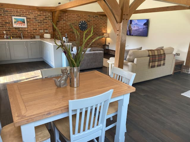 Newly converted one bedroom barn in Bournemouth