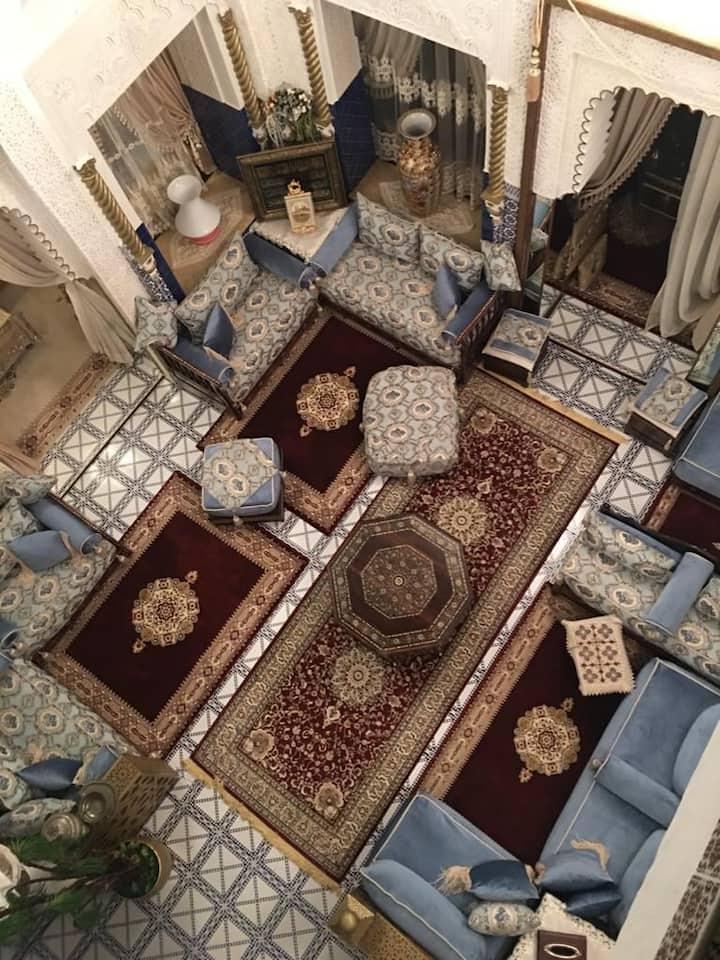 Chez Ezzahra ( logement uniquement pour femmes)