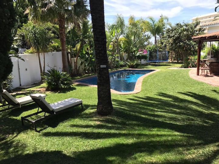 Modern 3 Bed Villa close to Puerto Banus &Marbella