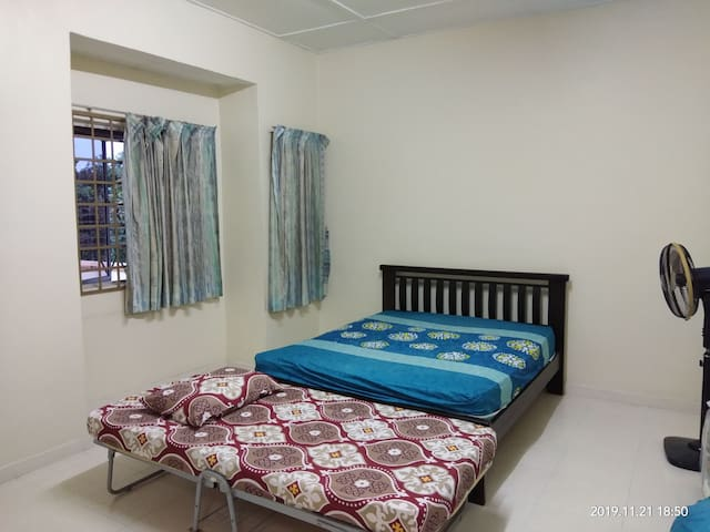 kulai Spacious and Home feel Private room