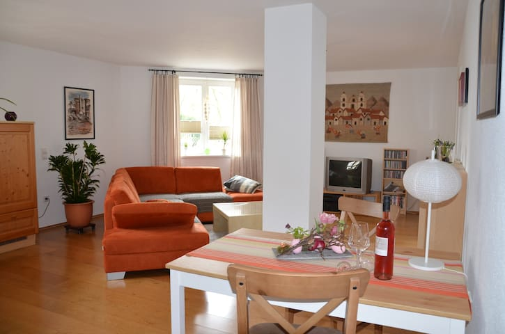 Zwischen Weinstraße u. Pfälzer Wald - Bad Bergzabern - Apartament