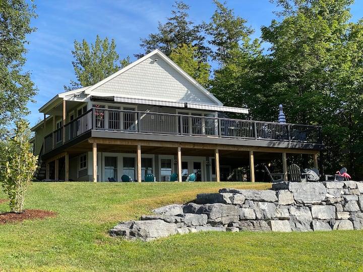 Lovely Lake Home on Lake Champlain's Pelots Bay