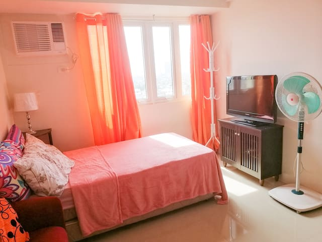 New & Comfy Studio Unit near PUP Manila with Wifi