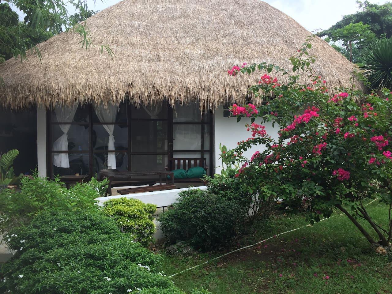 Airi Villa The Prettiest Garden Villa 7 Min From The Beach Villas For Rent