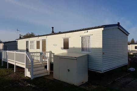 Spacious 8 berth holiday home on the Norfolk coast - Hunstanton - Inny