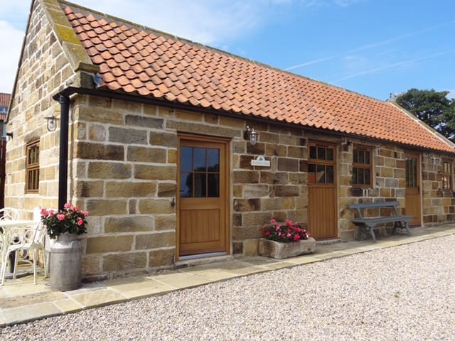 Feathers Nest ~ Yorkshire Coast Barn Conversion