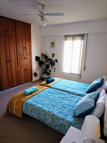 Bed & B  in Valencia. Close to the River Park