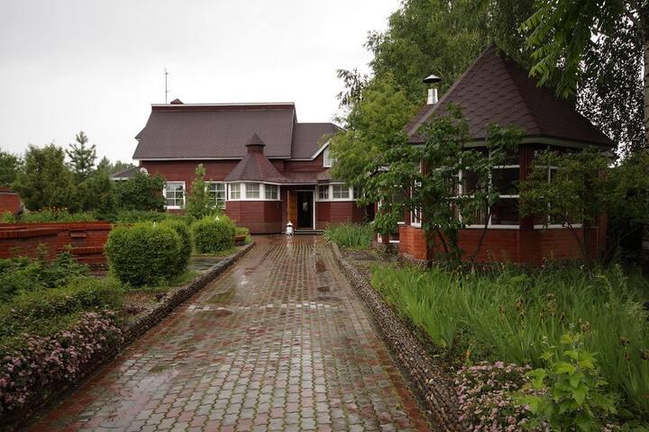 Коттедж с финской сауной для гостей. Ижевск