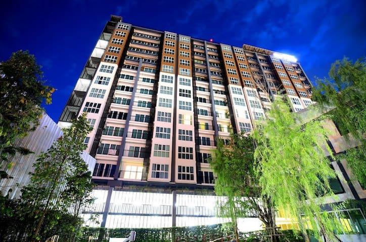 清迈古城塔佩门飞机场 The Prio 高级公寓酒店 民宿