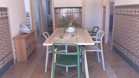 Casa tranquila rodeada de Olivares / PortAventura