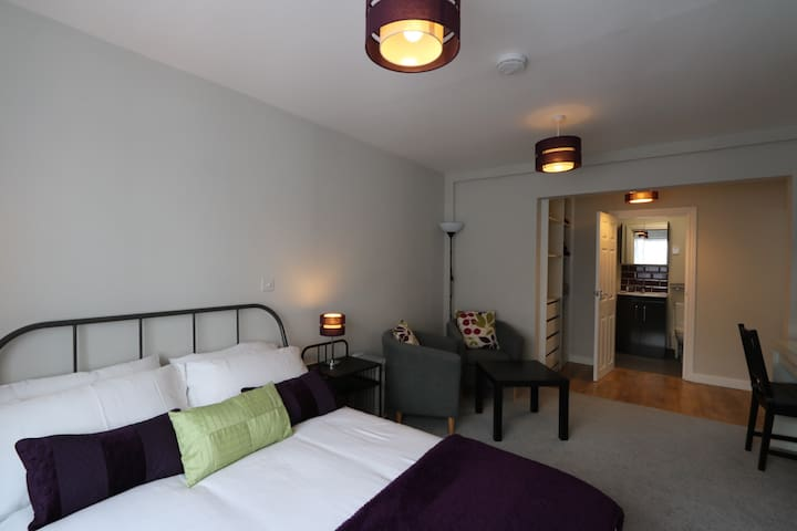 Bove Moor House Studio Apartment - Straat - Appartement