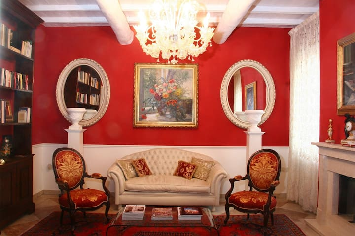 B&B A casa dell'Antiquario - San Benedetto Po - Bed & Breakfast