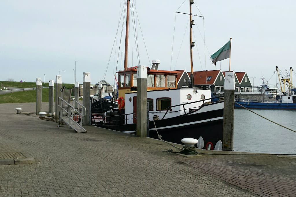 De ligplaats in de haven van Oudeschild