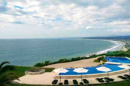Resort con vistas: relajarse y/o deportes extremos