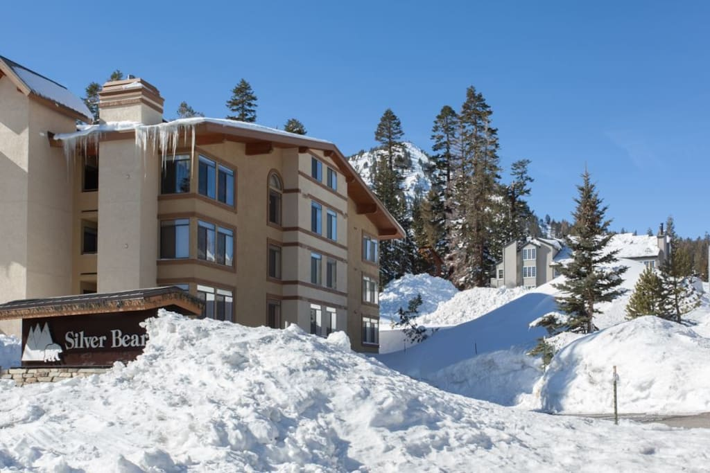 Exterior looking to Mammoth Mountain