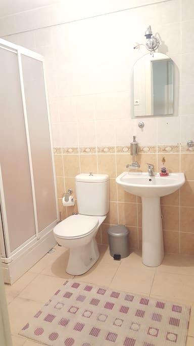 Bathroom-Banyo