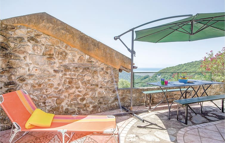 Holiday apartment with 1 bedroom on 32m² in Moneglia (GE)