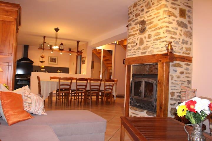 Loustal lacarrau - Arnac - Casa