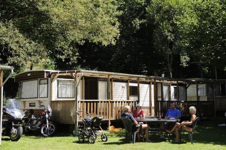 Wohnmobil auf Camping Kautenbach - Kautenbach - Karavan