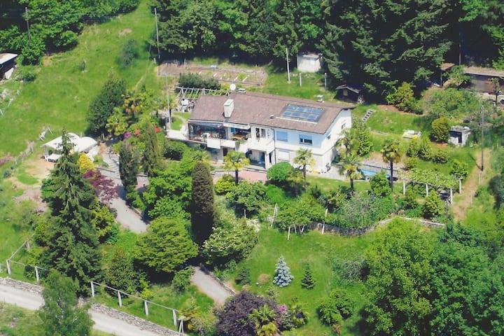 Bellissima villa nel verde, con privacy garantita