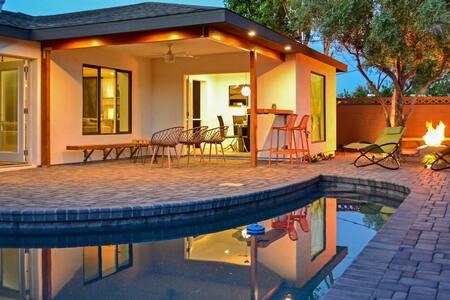 Quiet Luxury Estate w/ Private Pool: Scottsdale