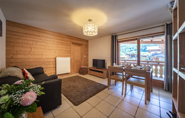 Spacious 1 Bedroom Apartment (sleeps 4) - Aiglon Morzine