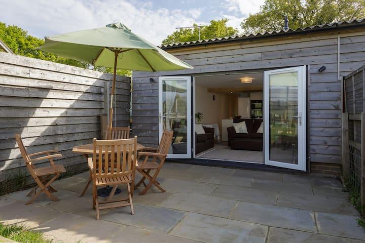 'Louisa's Cottage'- Beautiful family accommodation