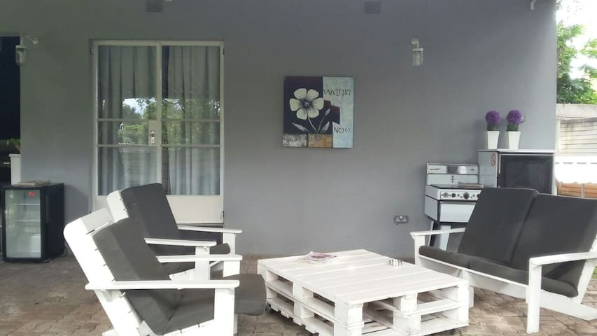 2. Dover Self Catering Upmarket Room - Harare - Appartement