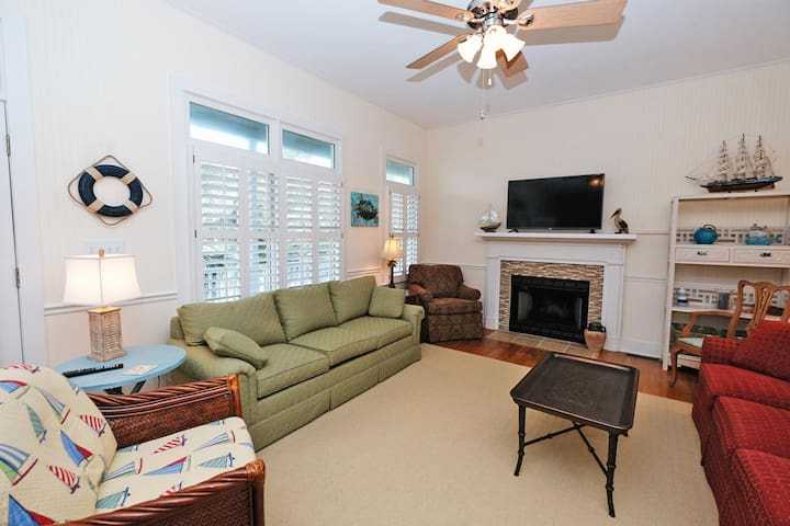 Compass Point 42 - 4BR/3.5BA Townhome