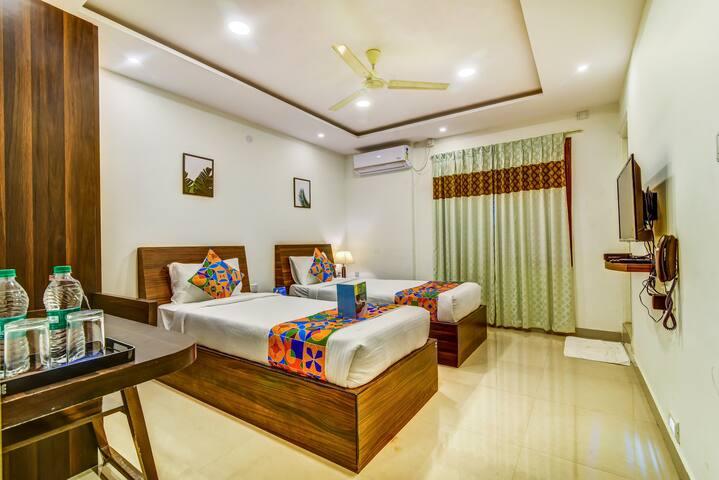 Hazel Suites | Twin Bed Room | 3km from Manyata
