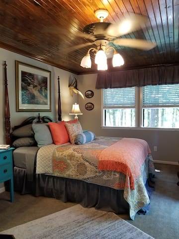 Kelleys Lake Fork Cottage View Suite