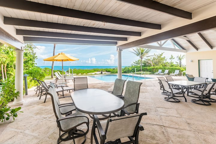 Serenity -heated pool-Directly on Grace Bay Beach!
