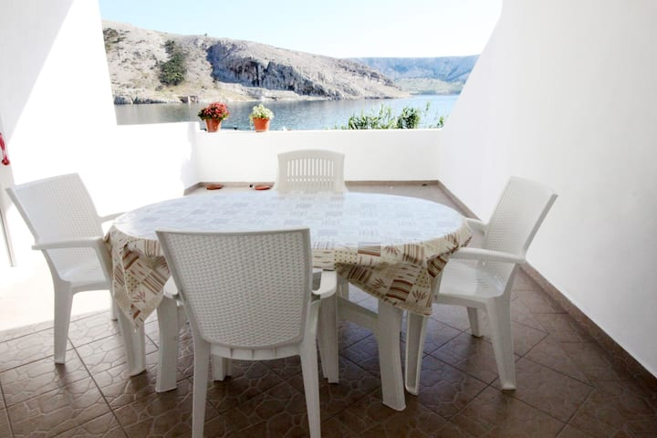 2 Bedroom Sea view apartment with terrace, Metajna