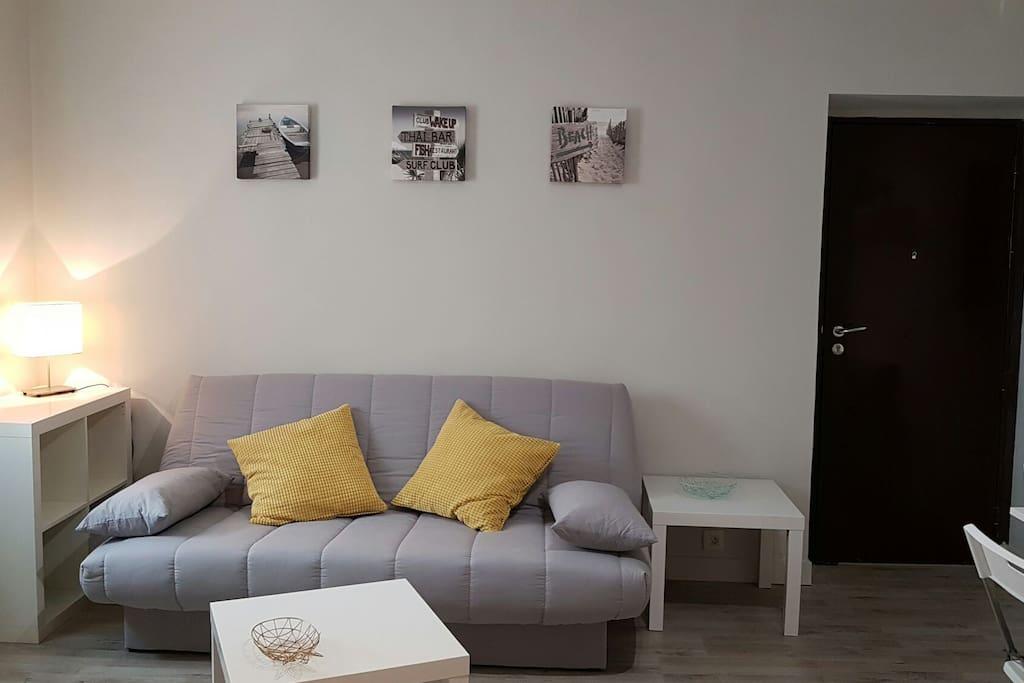 studio promenade des anglais appartements louer nice provence alpes c te d 39 azur france. Black Bedroom Furniture Sets. Home Design Ideas