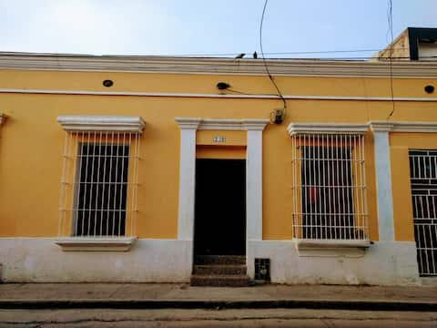 La Casa en el Centro Historico de Santa Marta