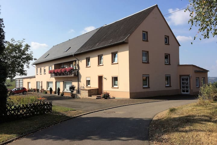 Spacious Apartment in Rodershausen with Barbecue